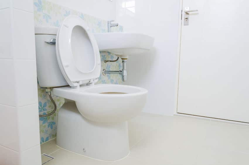 any type of toilet repair problem can cause a disgusting mess and easily ruin your day from minor issues like a toilet that runs to bigger